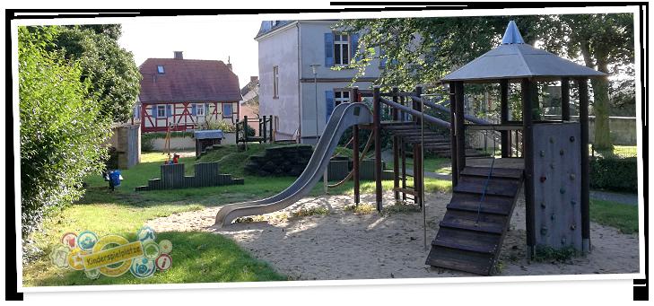 kinderspielplatz h chst altenstadt kinderg rten. Black Bedroom Furniture Sets. Home Design Ideas